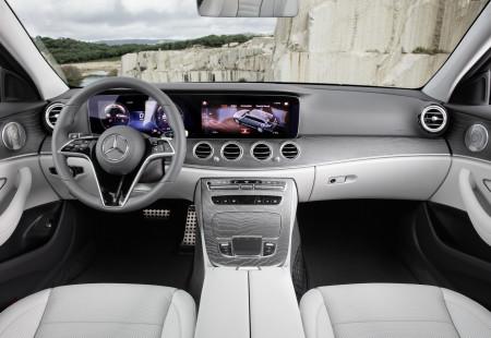 BMW 5 Serisi ile Mercedes-Benz E-Serisi'ni Sizin İçin Karşılaştırdık!