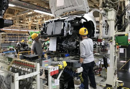 Ülkemizde Üretilen Otomobiller Dünya Yollarında Boy Gösterecek