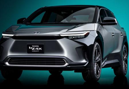 Toyota'nın Elektrikli SUV Modeli bZ4X Modeli Tanıtıldı!