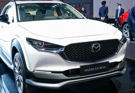 Çin'e Özel Elektrikli Crossover: Mazda CX-30