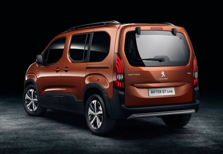 Peugeot Rifter KOBİ'lere İçin İndirimle Sunuluyor