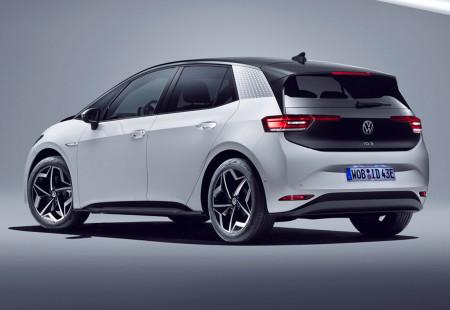 Volkswagen ID.3 GTX Modelini Değerlendiriyor