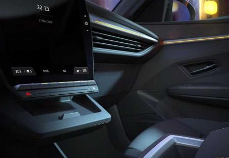 Renault Megane E-Tech Electric Karşımızda