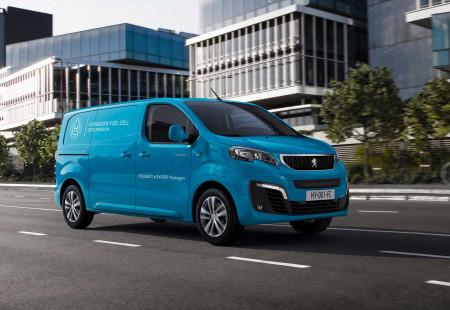 Peugeot Expert Hidrojen Yakıtlı Versiyonu İle Geldi