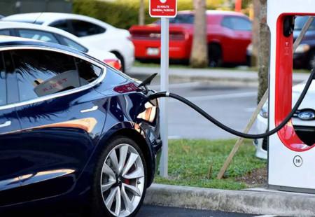 Kanada 2035'de Tamamen Elektriklenmeyi Hedefliyor
