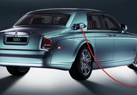 Rolls-Royce'un İlk EV Modeli Yarın Tanıtılacak!