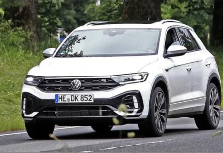 Makyajlanan Volkswagen T-Roc Objektiflere Yeni Pozlar Verdi