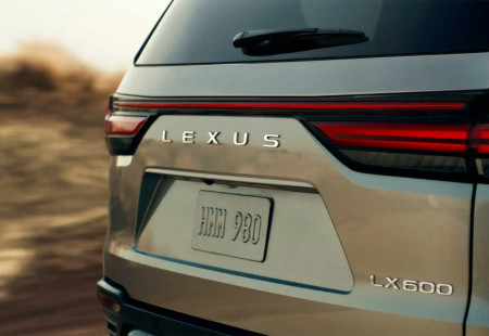 2021 Lexus LX Sonunda Geliyor